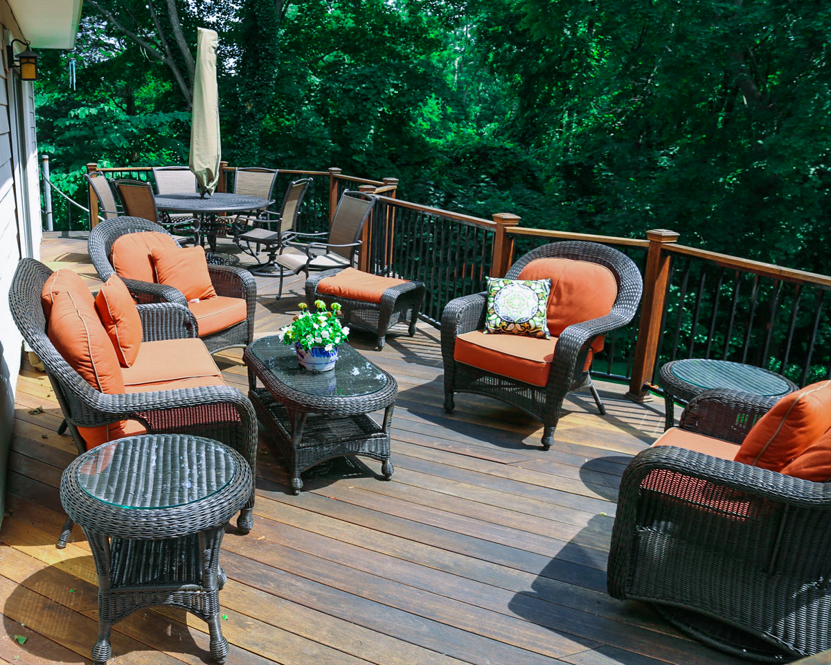 Outdoor deck mahogany deck with  landscapers near me in South Hampton